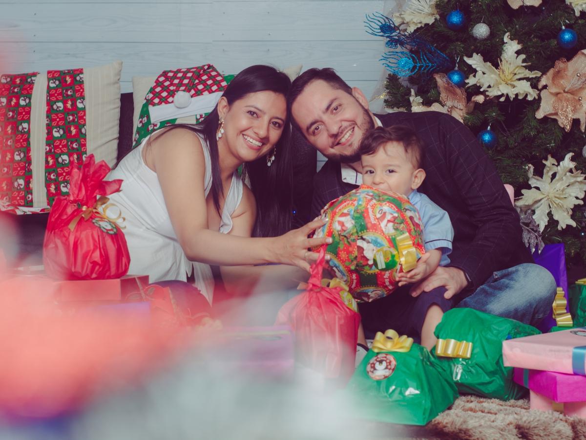 Familia ( Javier, Jenny Y JEro...)